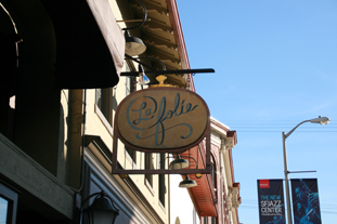 La Folie, San Francisco, serves Pure Puer Tea